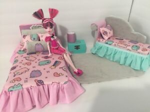 Barbie Or Monster High.furniture Bedroom Set:Bed,sofa,lamp,woodbox ...