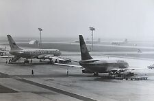 17249 REAL AIRCRAFT PHOTO Boeing 737 und TU 104 of the airport Flugzeug Foto