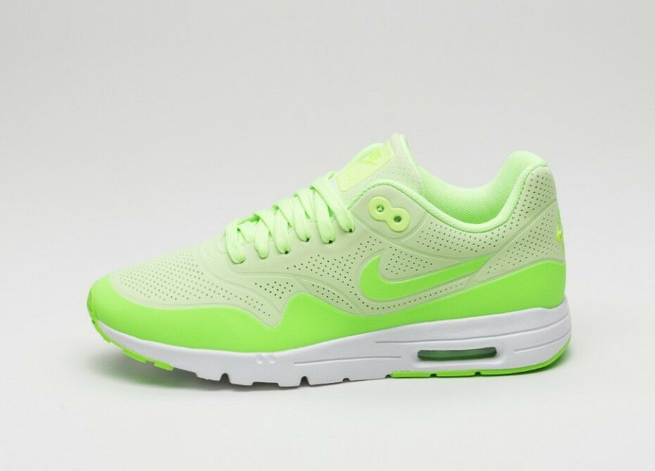 Nike Air Max 1 Ultra Moire Wmn's Ghost Green Electric Green White uk5
