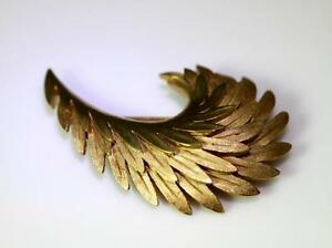 Classic Silver Metal Feather Brooch Pin Vintage Crown Trifari Silver Tone Feather Brooch