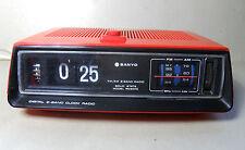 RADIOROLOGIO A CARTELLINI SANYO ANNI 70 VINTAGE  FLIP CLOCK RADIO OROLOGIO