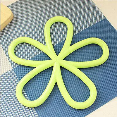 Plum Flower Shape Silicon Heat Insulation Cup Table Mat Pot Pad Coaster   LD