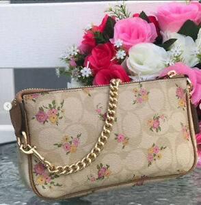 Coach Large Wristlet 19 In Signature Canvas With Daisy F31780 - Chalk/Khaki