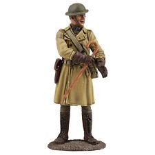 William Britain 23104 US Officer in Trench Coat 1917-18