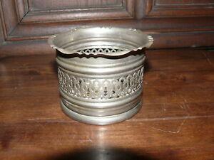 ca. 100 Jahre alter Flaschenhalter reich verziert mit Boden Keramikplatte