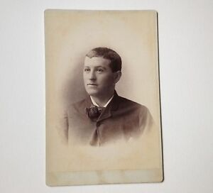 Cabinet-Card-Photo-Oneida-NY-Richardson-Antique-Handsome-Young-Man-Photograph