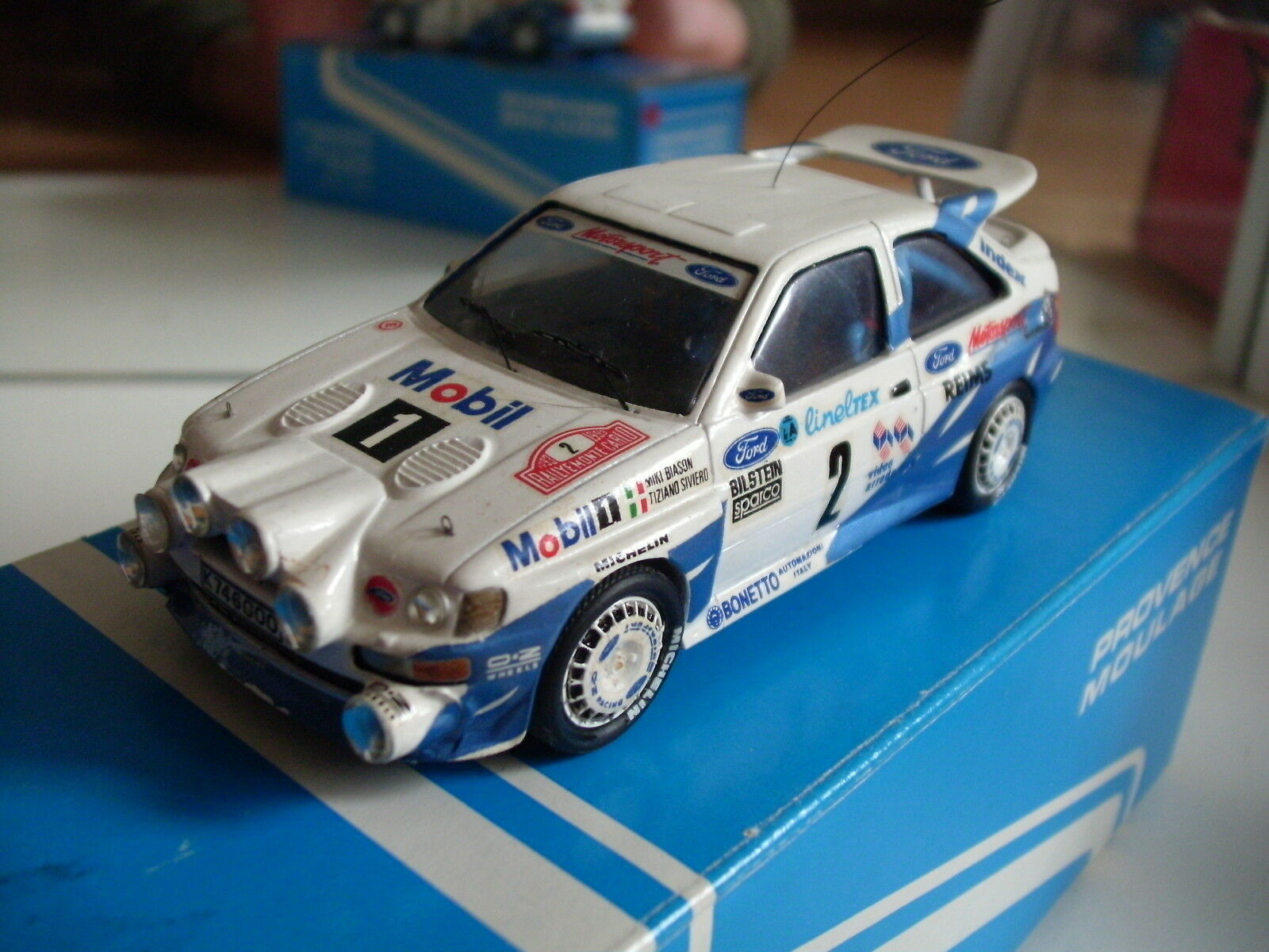 He Built modello Provence Moulage Ford RS RS RS Cosworth Monte autolo 1993 - bianca 1 43 f173af