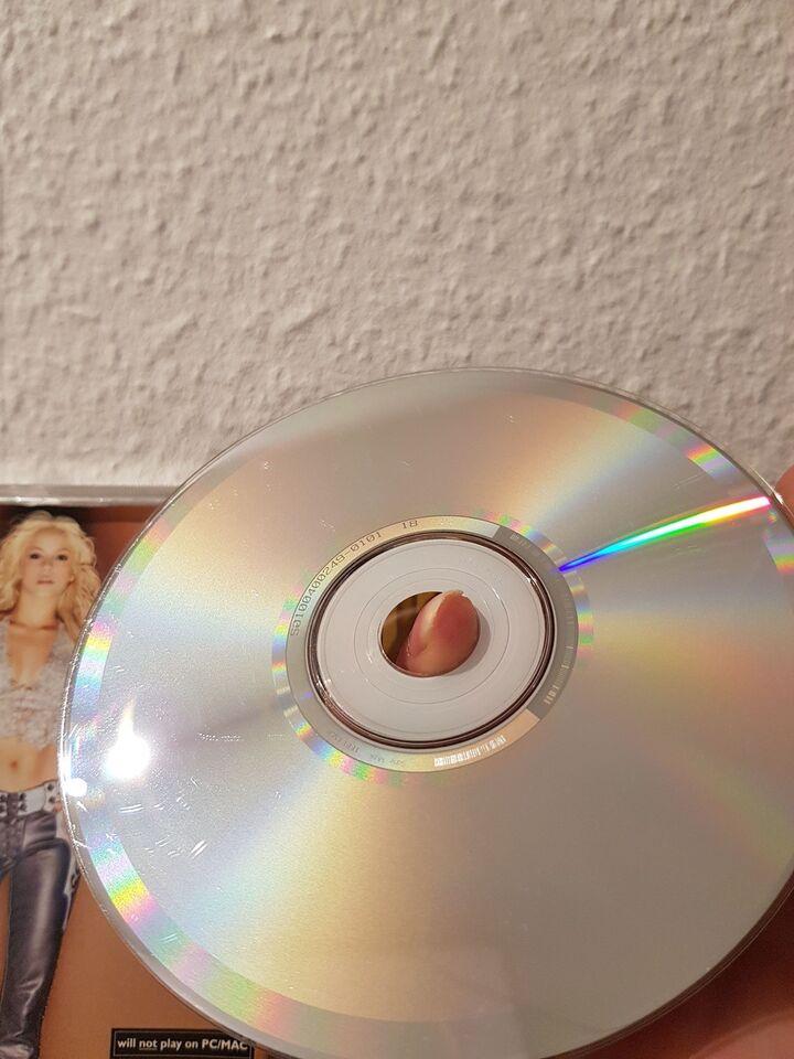 Shakira: Laundry service, pop