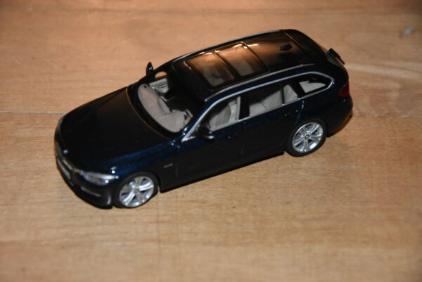 !!! Bmw 3er F31 Touring 1:43 Imperial Blue Dealer Edition!!! Rafforzare L'Intero Sistema E Rafforzarlo