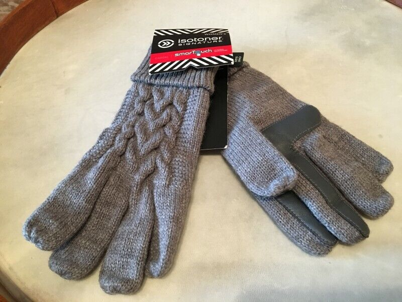 Isotoner Signature Grey Knit Smartouch Touchscreen Gloves Women's O/s New We Have Won Praise From Customers