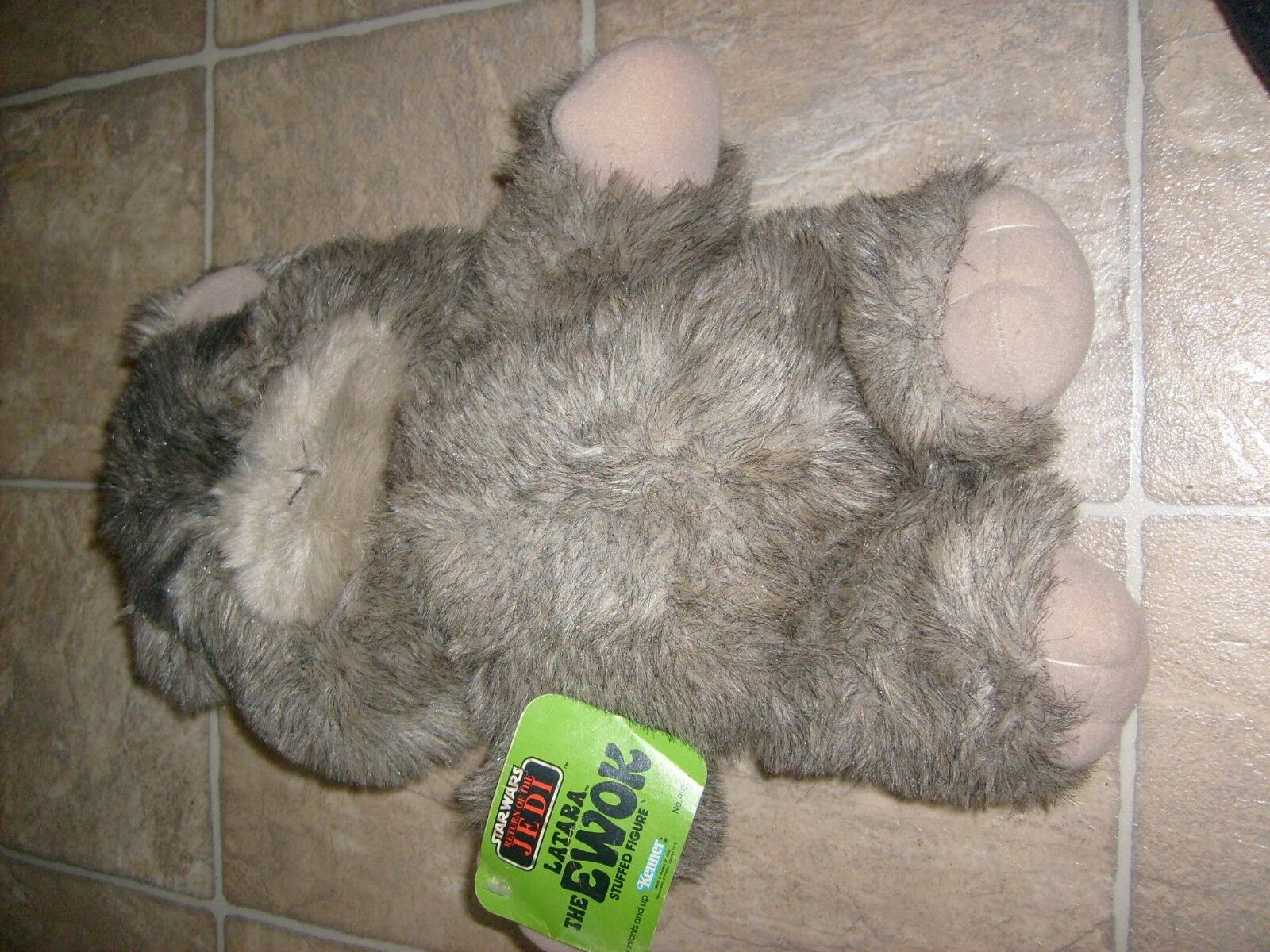 Star Wars Vintage Kenner Kenner Kenner Latara EWOK With Tag Return Of The Jedi Plush Figure a73cba