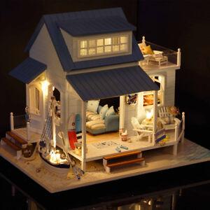 Vintage Wooden Dollhouse DIY Kit Miniature Doll House Model Furniture w/LED Toy