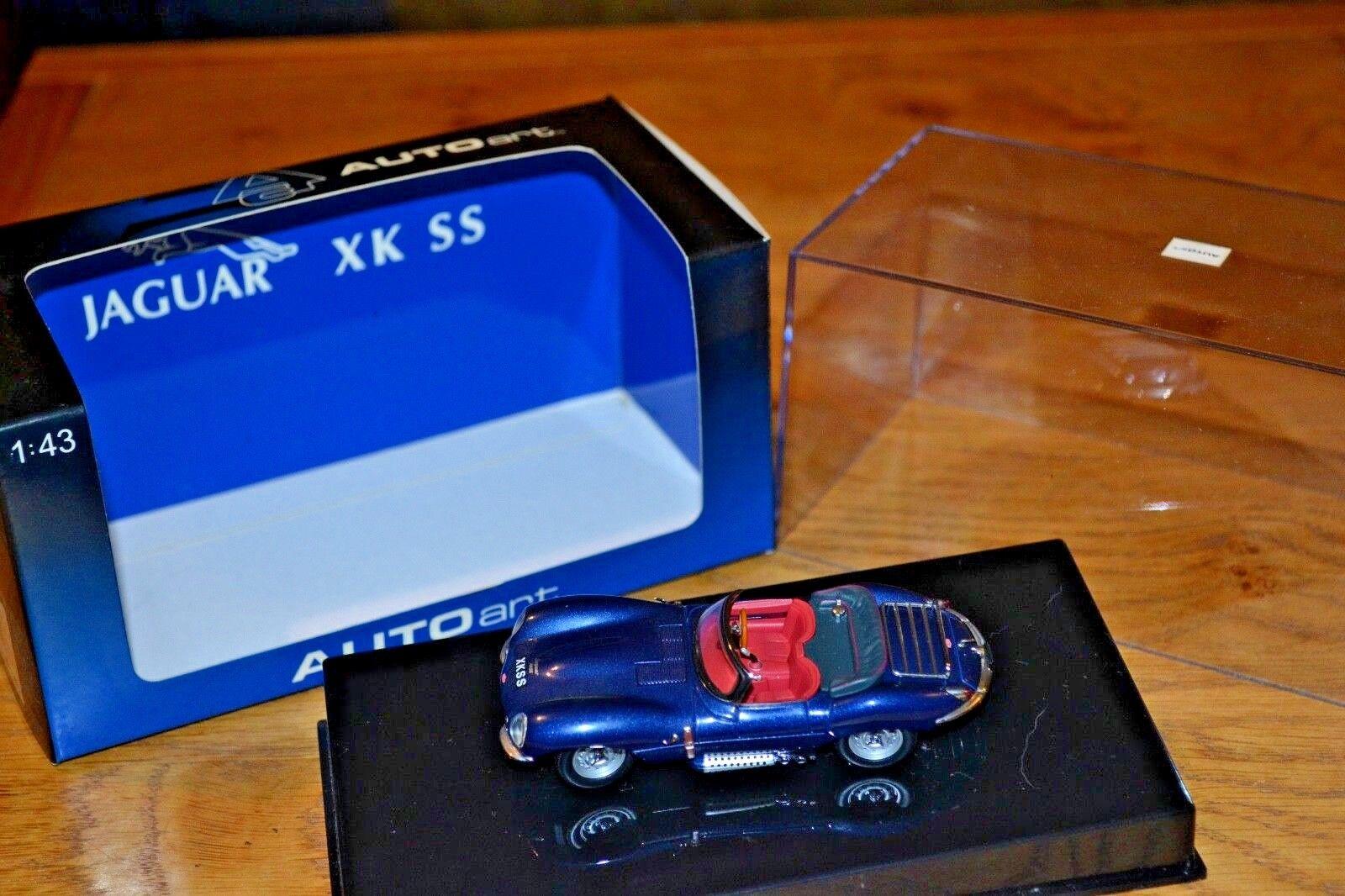 Autoart 1 43 Jaguar XK SS; azul oscuro; Casi Nuevo