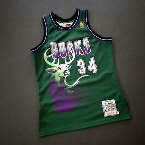 Details about 100% Authentic Ray Allen Mitchell & Ness Rookie 96 97 Bucks Jersey Size M 40