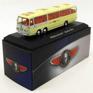 ATLAS-Editions-SCALA-1-76-MODEL-BUS-4642-102-BEDFORD-VAL-Wallace-Arnold