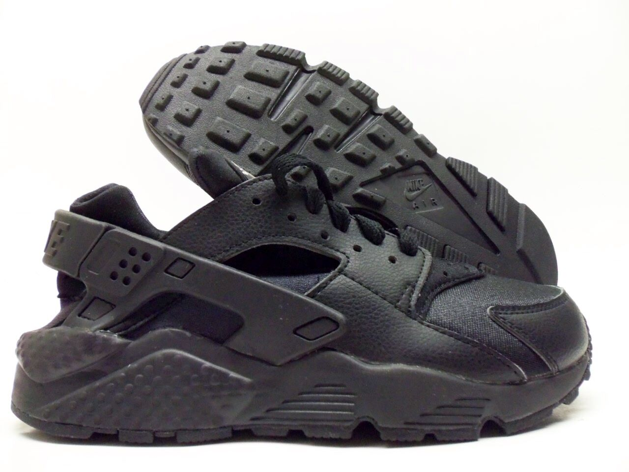 best loved 18770 ca231 NIKE AIR HUARACHE ID ID ID TRAINER BLACK BLACK-WHITE SIZE WOMEN S 7   777331-991  fbfa53