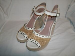 2c6db862ef4 Details about VINCE CAMUTO Halen Cloud Women's Leather Wedge Espadrille  Sandal Wedge size 8.5B