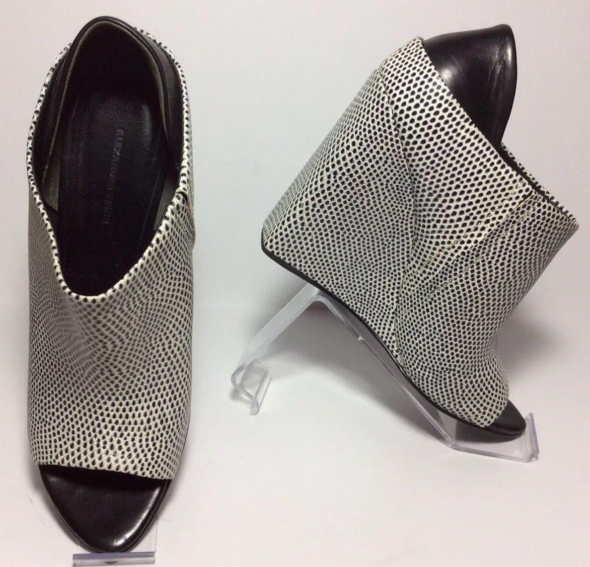 Alexander Wang  715 Alla Leather Cuñas Talla 38 se se se ajusta Sz 7 Negro Y blancoooo 50b368
