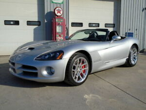 2004 Dodge Viper SRT/10 CONVERTIBLE- ONE OWNER - ONLY 45,000 KM's