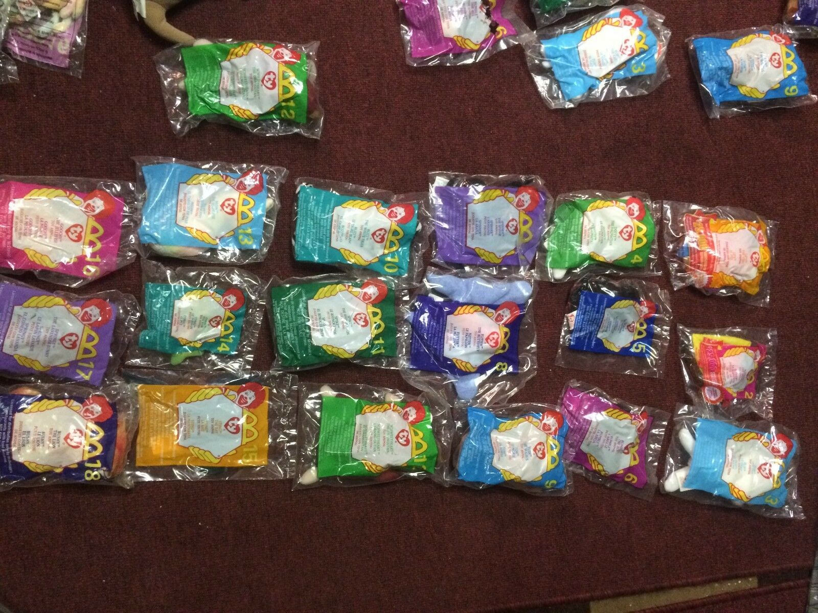 Lot of 56 Teenie Beanie Babies On On On card and in bag unopened. 7b9905