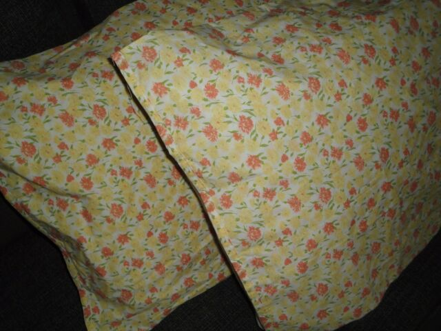 TARGET CASUAL HOME YELLOW CINNAMON GREEN FLORAL (PAIR) KING PILLOWCASES 19 X 39