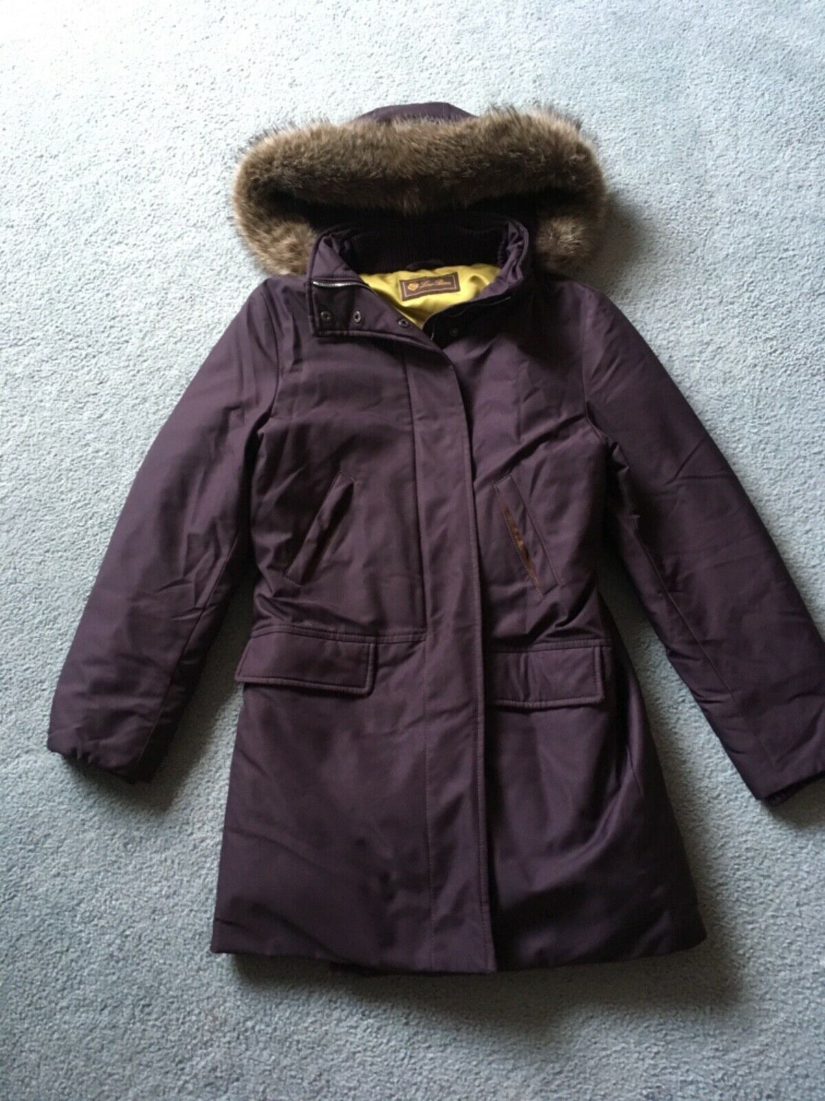 Lgold Piana down coat in excellent condition sz IT 38 AUD 4500