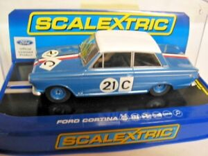 Responsable Scalextric C3670 Ford Cortina Gt 1964 Bathurst Ian & Leo Geoghegan Entièrement Neuf Dans Sa Boîte Rmr-afficher Le Titre D'origine