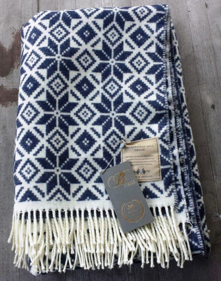 Lim Ed Abraham Moon Snowflake Merino Wool Throw Navy & White – New