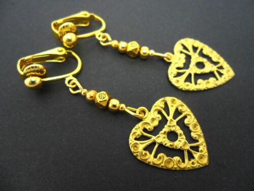 Nuevo. Un par de Color Dorado Corazón Colgantes Clip en pendientes