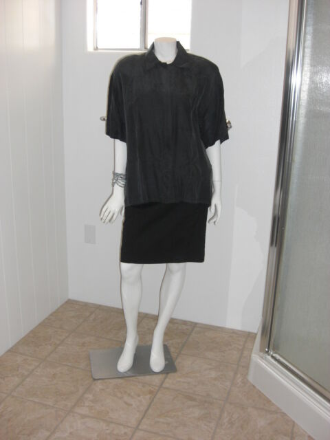 CROQUET CLUB Black 100% SILK Blouse Button Up Front Pocket Short Sleeves Size M