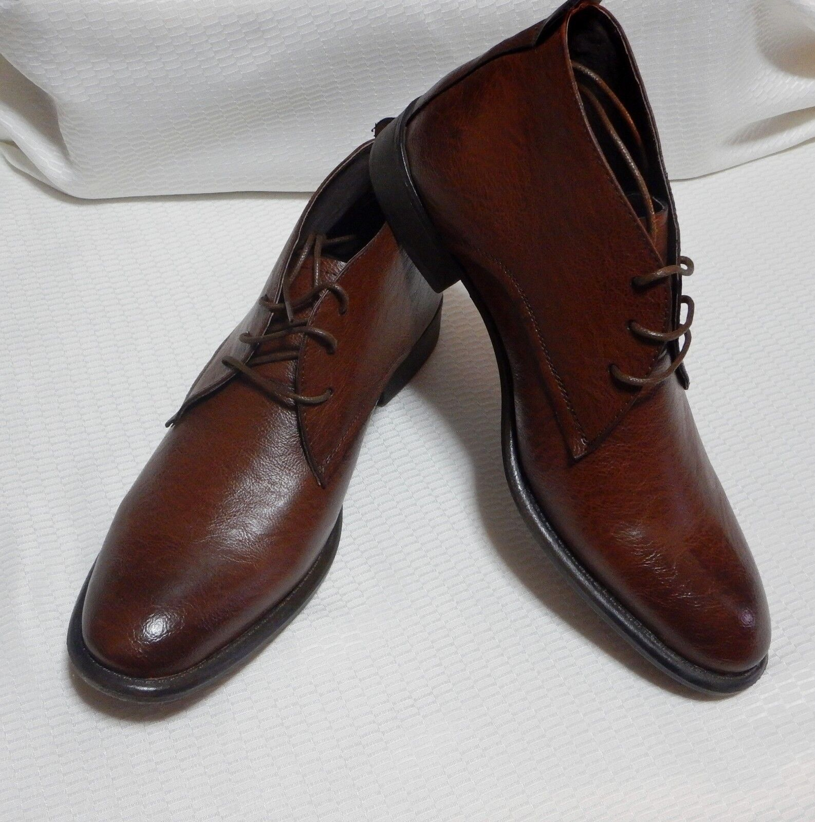 KENNETH COLE CHUKKA BOOT LACE UP ROUND ) TOE( COGNAC ) ROUND NEW SIZE 11. M  #1496-1 70c109
