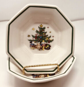 Lot-of-2-Nikko-Christmastime-Salad-Soup-Bowls-Japan-Christmas-Tree-Octagon