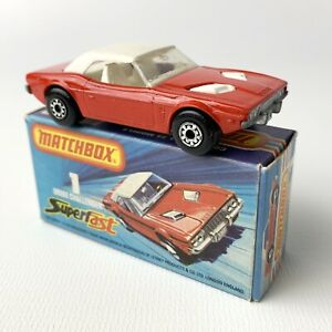 Matchbox 1975 Superfast rara Rojo Dodge Challenger Blanco Interior