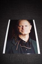 "David Hyde Pierce SIGNED AUTOGRAFO SU 20x25 cm ""Frasier"" immagine inperson RAR"
