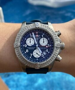 Vintage-Titanium-Breitling-Avenger-E73360-Box-and-Papers-Working-perfectly
