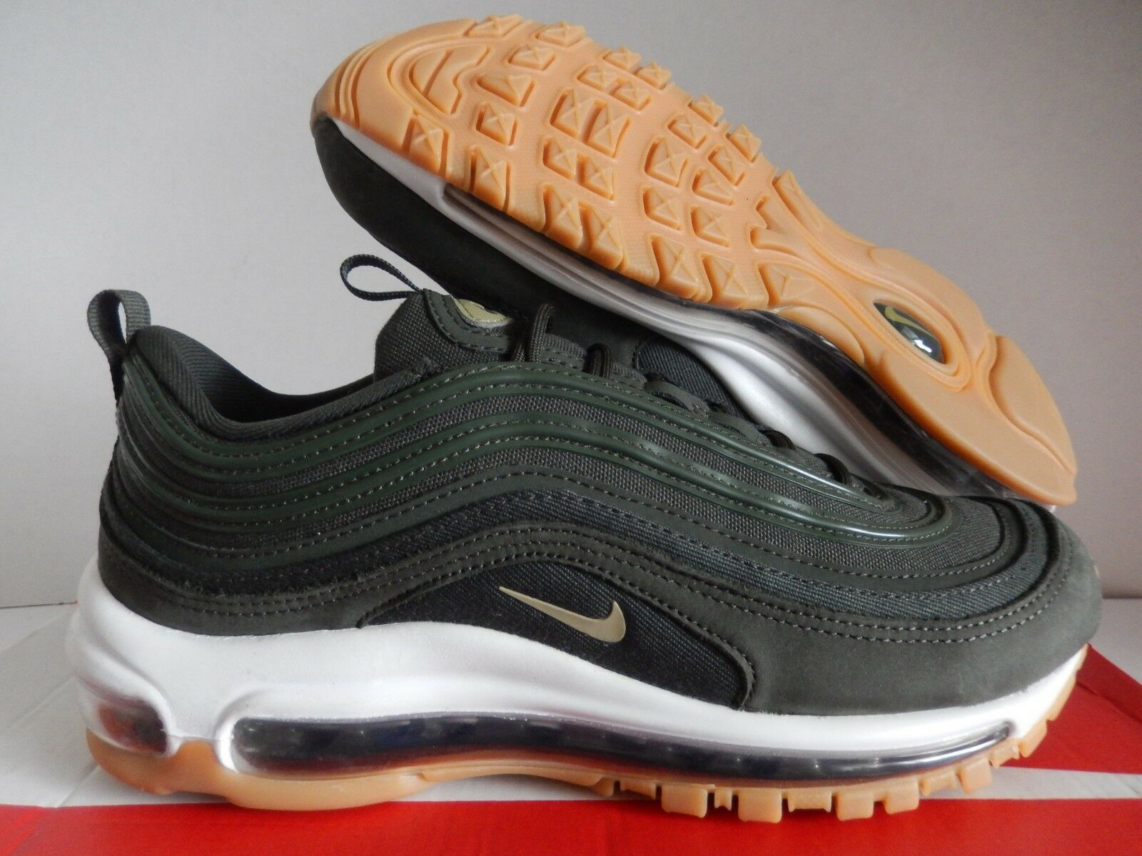 WMNS NIKE AIR MAX 97 UT SEQUOIA GREEN-NEUTRAL OLIVE SZ 7.5 [AJ2248-300]