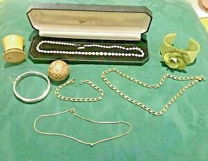 Old-Jewellery-To-Clear-As-A-Lot-Chains-Pearls-Silver-Bracelet