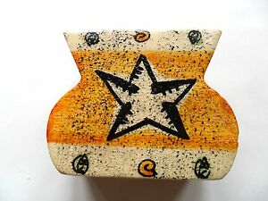 African-Hand-Made-amp-Painted-Wooden-candle-holder-Beige-Yellow-Black