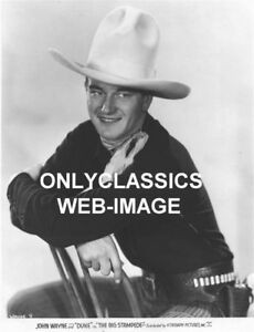 c46a928e6424ec 1932 JOHN WAYNE DUKE WESTERN COWBOY 10 GALLON HAT PHOTO
