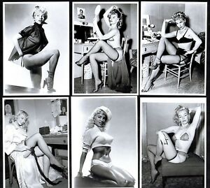 Lili-St-Cyr-Postcard-Set-Pin-Up-Girl-Nylon-Stockings-Erotic-Burlesque-Strip