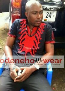 Odeneho Wear Men/'s Black Polished Cotton Top//Red Embroidery African Clothing.