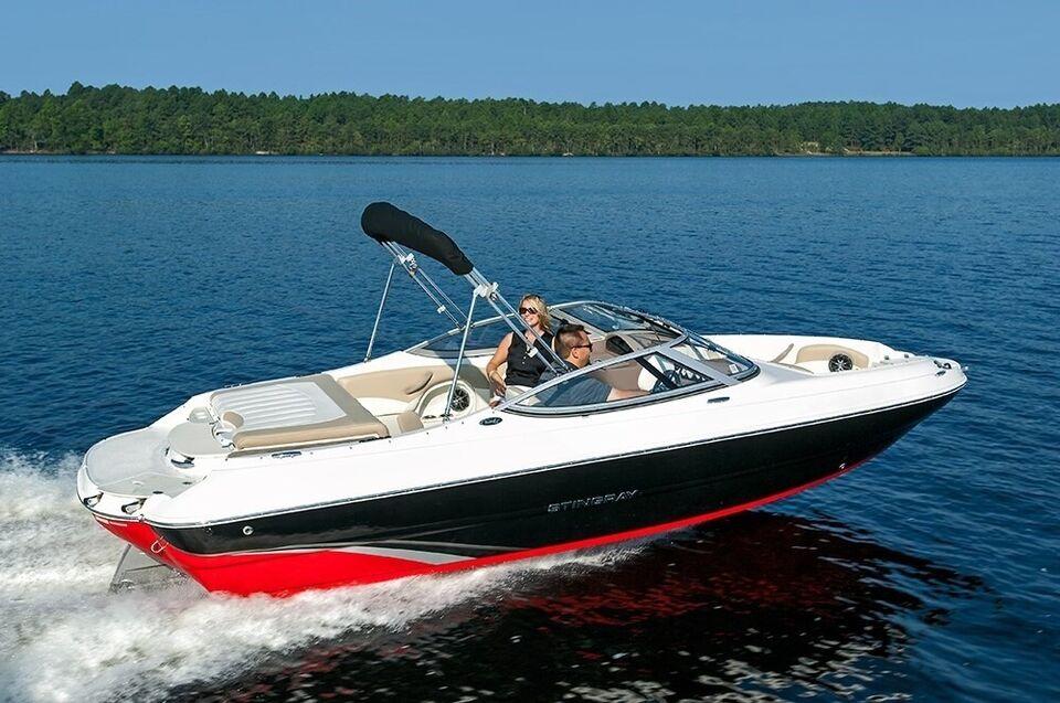 Stingray, Motorbåd, fod 19