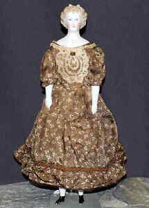 DARLING-ANTIQUE-PARIAN-DOLL-IN-BROWN-PRINT-DRESS-by-C-F-KLING-amp-CO