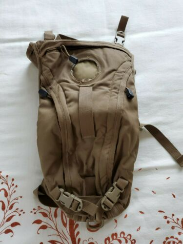 USMC US Military WXP 3L 100oz Hydration Pack Carrier System Camelbak Coyote GVGC