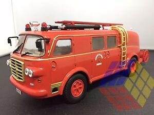 Truck-Camions-Autobomba-Pegaso-II-Z-203-Pompiers-Bomberos-Ferrol-A-Coruna-Espana