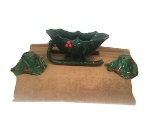 Vintage-LEFTON-Green-Holly-Leaf-amp-Berries-Ceramic-SLEIGH-amp-HOLLAND-CANDLE-HOLDER