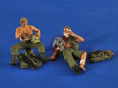 "Verlinden 1/35 ""The Wounded"" Injured US Soldiers in Vietnam War (2 Figures) 2522"