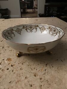 Limoges-BLAKEMAN-amp-HENDERSON-France-Ivory-Footed-Bowl-Gold-Beaded-Bowl