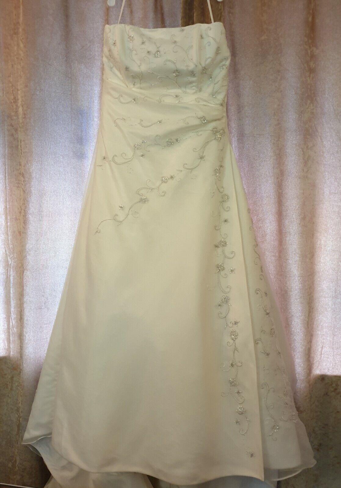 Romantica Of Devon Wedding Dress Plus Size