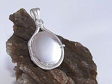 925 Sterling Silver 4 mm 0.39ct Natural Zircon Locket H2O Just Add Water Pendant